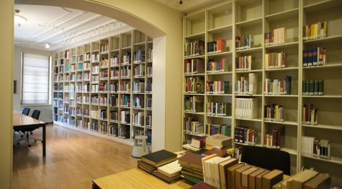 İstanbul Araştırmaları Enstitüsü Kütüphaneler Haftası'nı bir dizi etkinlikle kutluyor