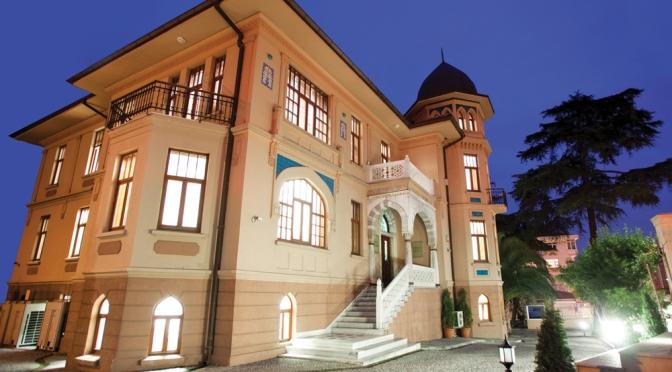 Tarihi Mongeri Binası kapılarını sanatseverlere açtı