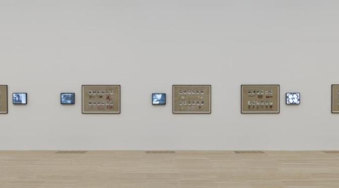 """Nil Yalter'in """"Geçici Meskenler"""" adlı eseri Tate Modern'in kalıcı koleksiyonunda"""