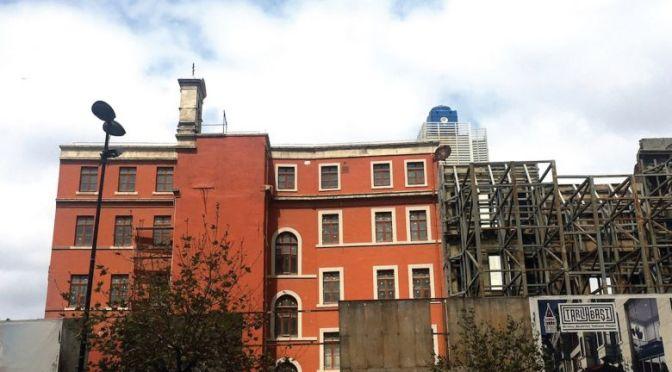 SALT ve Volkan Aslan'dan yeni bir proje: MANASTIR [İstanbul Sanat Merkezi]