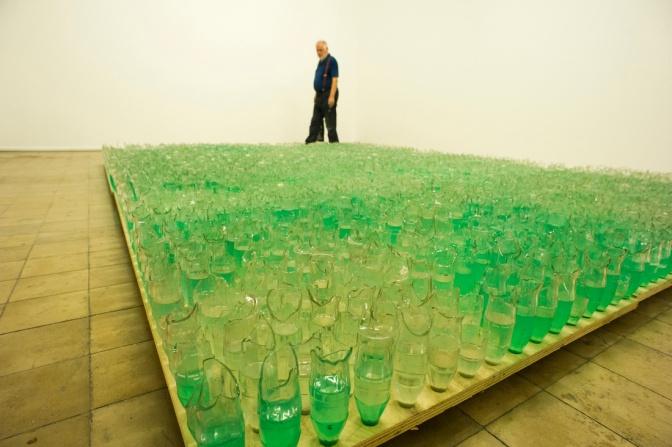 Elmgreen & Dragset'in İstanbul Bienali, Gelecek Küratörler için Bir Model