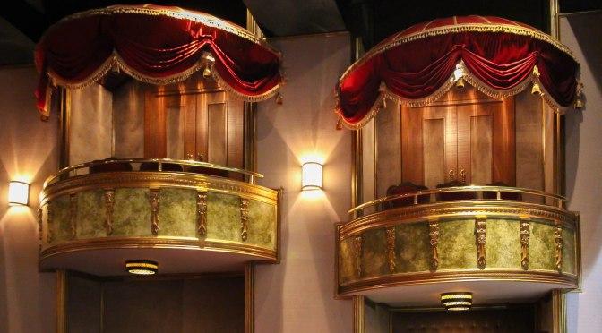 Baba Sahne'nin locaları tiyatroları yaşatıyor