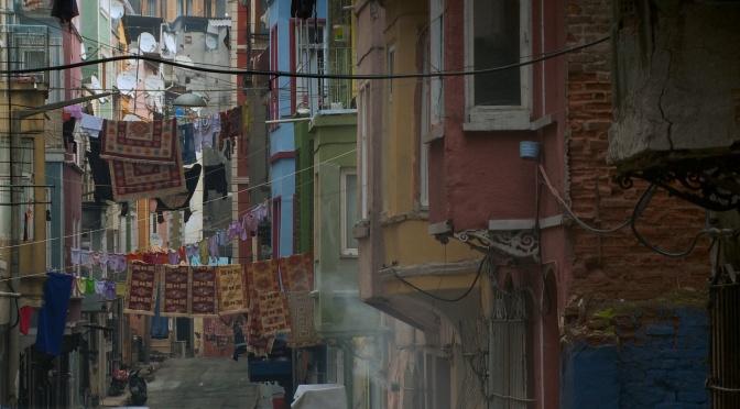 !f İstanbul'dan yeni bölüm ve yeni ödül