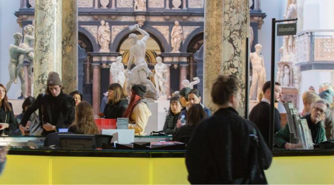 Victoria and Albert Museum'dan yeni gelir akışları üzerine kurs